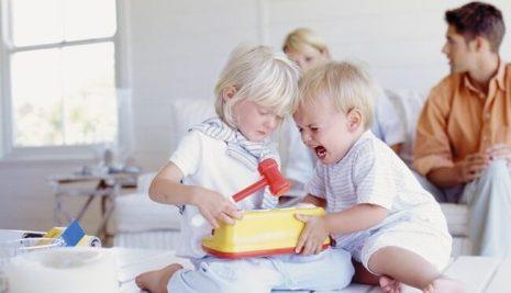 Gestire al meglio l'arrivo di un nuovo bambino senza scatenare gelosie!