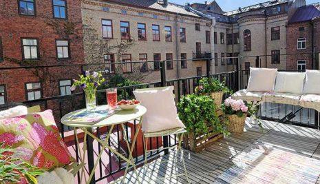 5 idee geniali per arredare un balcone piccolo