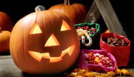 Decorare la casa per la festa di Halloween