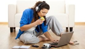 Che cos'è il telelavoro e quali sono i vantaggi per lavoratori e aziende?