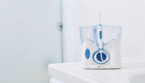 Idropulsore dentale: a cosa serve e come scegliere il migliore