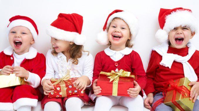 Foto Regali Di Natale Per Bambini.Regali Di Natale Per I Bambini Come Farli Imparare Divertendosi